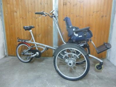 Van Raam O Pair 2 teilbare Therapeutisches Rollstuhl Fahrrad fuer Kinder TOP Gronau