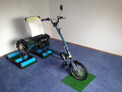 Fahrrad Dreirad fuer Gehbehinderte Menschen Rollen fuer Fahrrad Laupheim