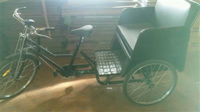 fahrrad dreirad rikscha schwarz luckenwalde archiv. Black Bedroom Furniture Sets. Home Design Ideas