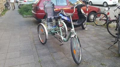 fahrrad seniorenrad dreirad fuer erwachsene karlsruhe. Black Bedroom Furniture Sets. Home Design Ideas