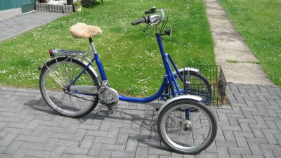 Frontdreirad Therapierad Dreirad Fahrrad Seniorenrad fast unbenutzt Huerth