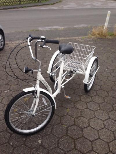neu senioren fahrrad 3 rad neu duesseldorf archiv. Black Bedroom Furniture Sets. Home Design Ideas
