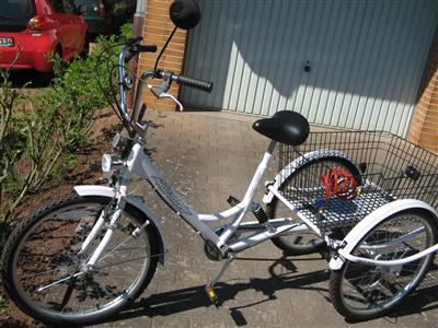 Seniorenrad weiss Behindertenrad Dreirad therapeutisches Rad Neu b Marburg 6 Gang Coelbe